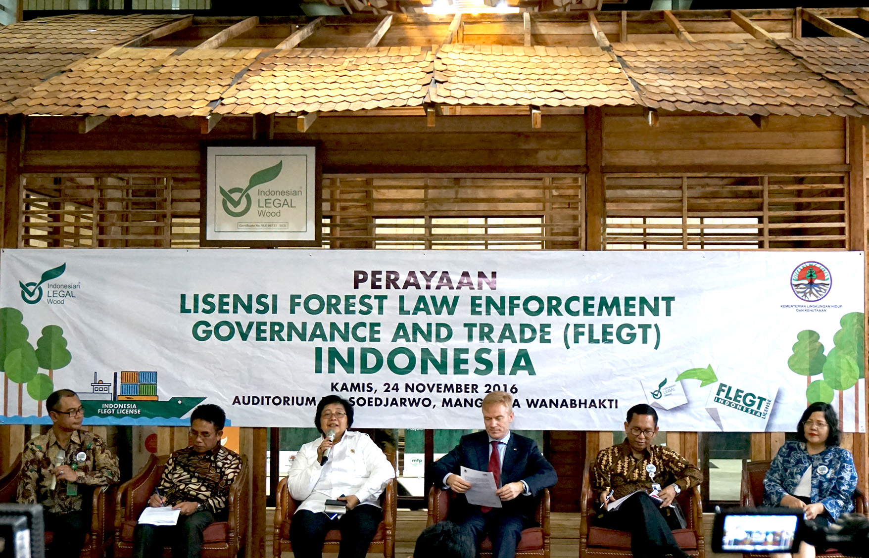 Indonesia is the First Country in the World to Achieve a FLEGT License