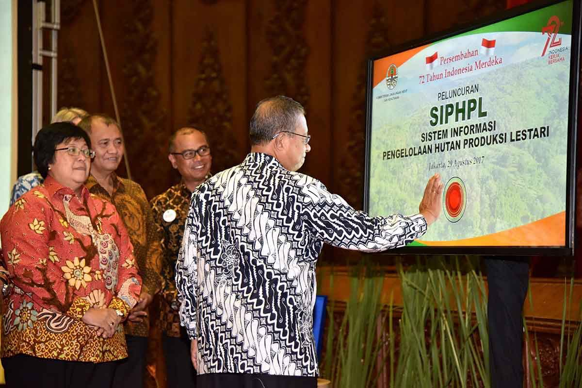 When the Ministry of Environment and Forestry Integrates the Forest Management Information System